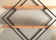 Mẫu kệ trang trí treo tường 2 tầng khung sắt mặt gỗ GHK-33