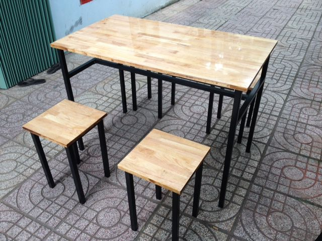 Mẫu Bàn ghế quán ăn GHB-94 khung chân sắt mặt gỗ bán chạy nhất 2018