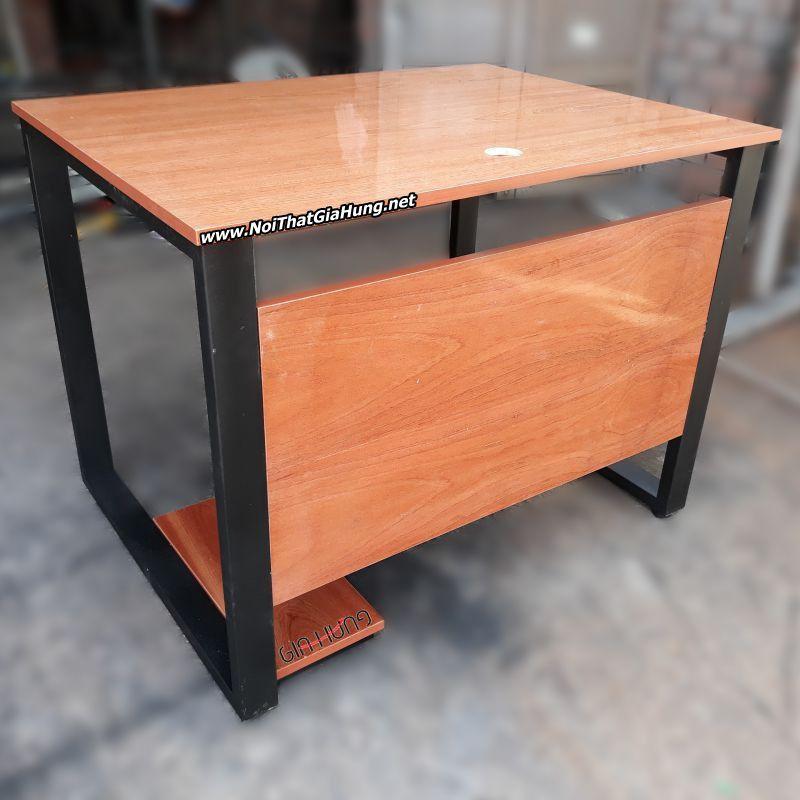 Bàn văn phòng khung chân sắt mặt gỗ cao su phủ xoan GHZ-293 giá Tốt