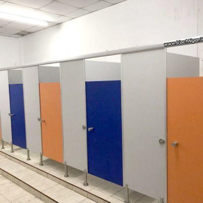 Dịch vụ thi công vách ngăn nhà vệ sinh Compact chịu nước tại TpHCM