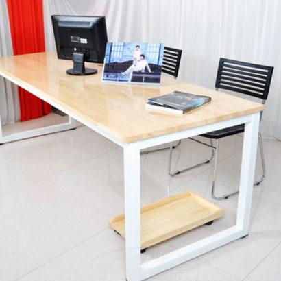 Bàn họp văn phòng khung chất sắt mặt gỗ cao su GHZ-711