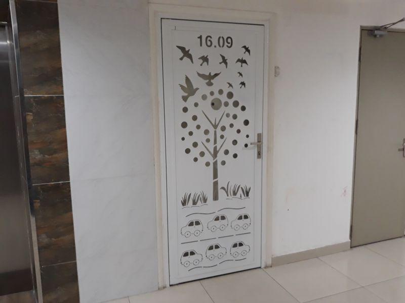 Mẫu cửa sắt CNC tại căn hộ 16.09 chung cư Đạt Gia - đường Cây Keo, Tam Bình, quận Thủ Đức