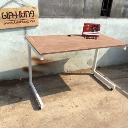 Bàn văn phòng khung chân sắt mặt gỗ GHZ-865 giá rẻ nhất TpHCM