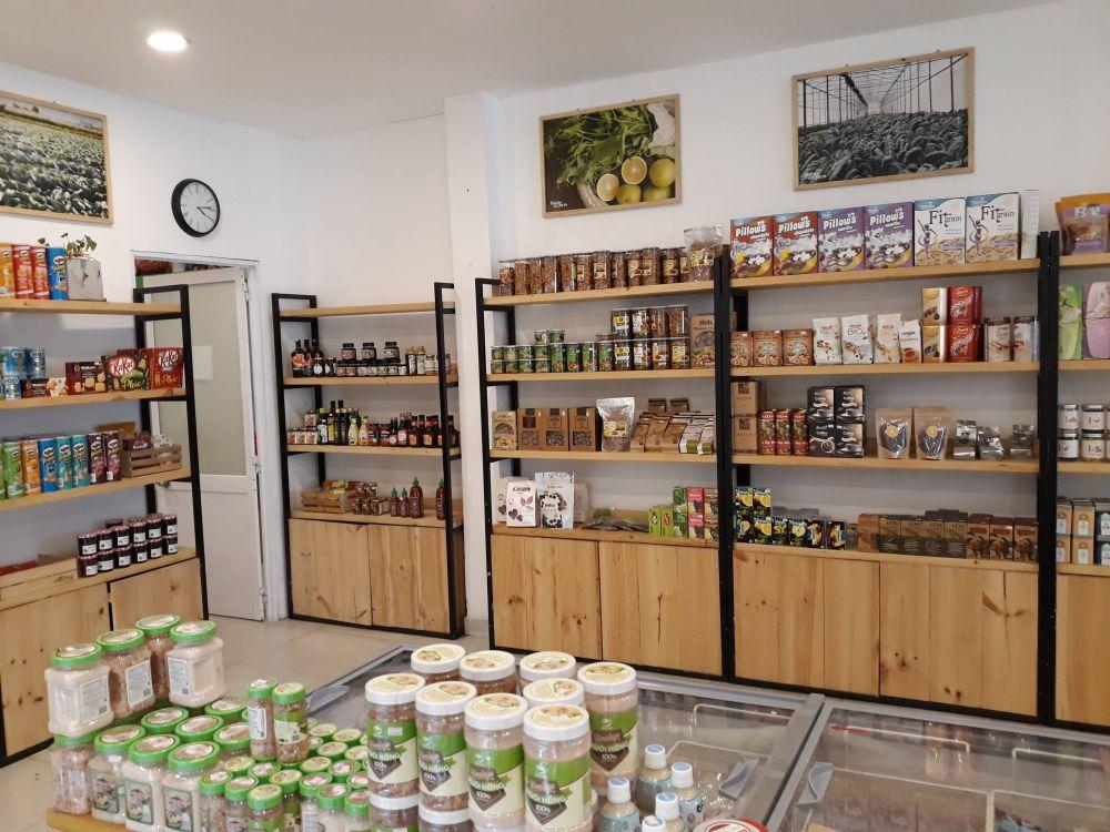 Kệ trung bày sản phẩm cửa hàng Chợ Phố Freshfood - Phú Nhuận