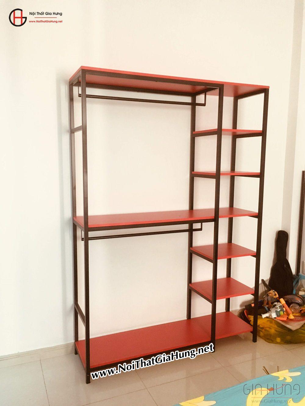 Kệ treo quần áo khung chân sắt mặt gỗ màu đỏ GHZ-834 giao tại Thanh Đa, Bình Thạnh